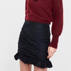 NWT Zara ruched black mini skirt XS